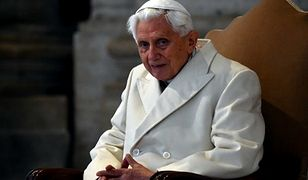 """Benedykt XVI przerywa milczenie ws. abdykacji. """"Moja rezygnacja nie była ucieczką czy też wynikiem spisku i intryg w Kościele"""""""