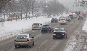 IMGW ostrzega: fatalne warunki drogowe w całym kraju. Uwaga, będzie ślisko!