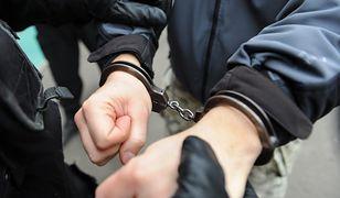Znaleźli w szafie poszukiwanego od 17 lat mężczyznę