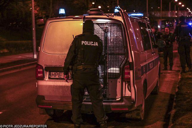 Policjanci ruszyli w pościg w nocy z wtorku na środę. Zdjęcie ilustracyjne