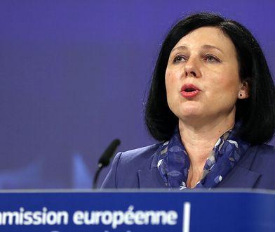 Komisja Europejska uruchomiła procedurę naruszeniową wobec Polski. Chodzi o dyscyplinowanie sędziów