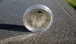W USA złote i srebrne monety już dawno nie sprzedawały się tak dobrze