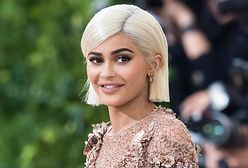 Kombinezon ze spandexu opinał całe ciało Kylie Jenner. Każdy jego centymetr