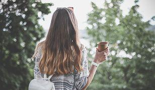 Jak zagęścić włosy? Poszukaj prostych sposobów dla siebie.