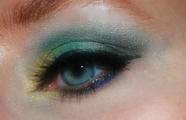 Makijaż wieczorowy musi być wyrazisty