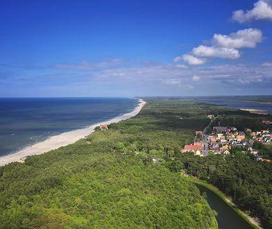 Wakacje 2021. Łeba, czyli piękna plaża i atrakcje dla dzieci