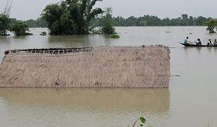 Skutki powodzi w Indiach