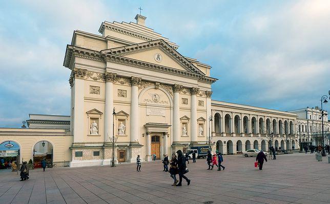 """NA ŻYWO """"Obywatelskie Zgromadzenie Narodowe"""" na Krakowskim Przedmieściu. Jesteśmy na miejscu"""