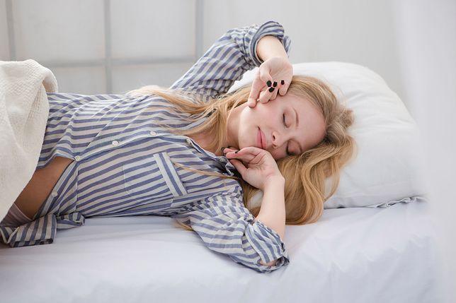 """""""Piżama jest jak dżinsy, nie ma co jej prać po każdym użyciu"""". A ty jak często zmieniasz piżamę?"""