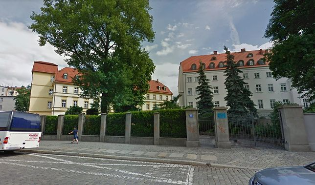 Koronawirus w Polsce. DPS we Wrocławiu potrzebuje pomocy. Brakuje środków ochrony osobistej