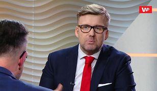 """Andrzej Duda zostawia konkurentów w tyle. """"Środkowy palec nie był jego"""""""