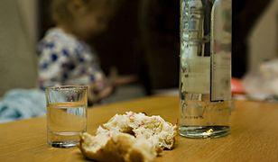 Pijanej matce z Wierzbinka odebrano sześcioro dzieci