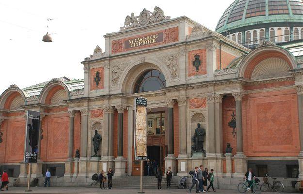 Popiersie autorstwa Rodina skradzione z muzeum w Kopenhadze