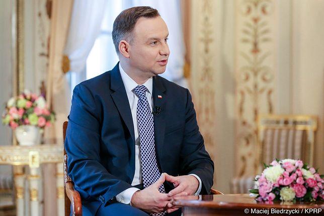 """Andrzej """"Nic Nie Mogę"""" Duda. Prezydent zaszkodził sobie tym wywiadem"""