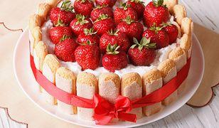 Desery i ciasta z truskawkami. Korzystaj, póki trwa sezon