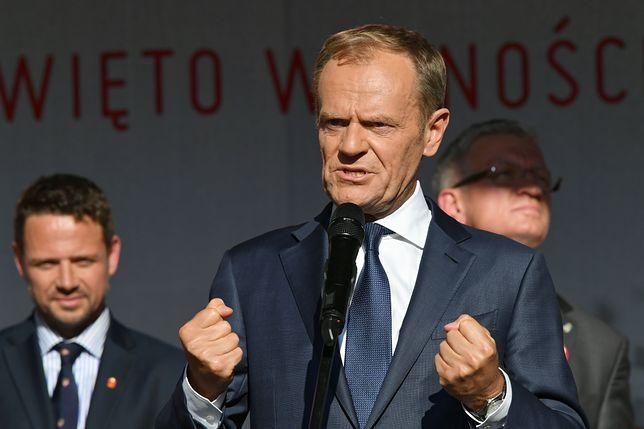 Donald Tusk podczas wystąpienia z okazji 30. rocznicy wyborów 4 czerwca. Szef Rady Europejskiej w Gdańsku mobilizował opozycję.