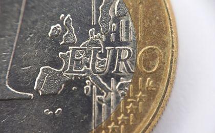 Wprowadzenie euro popiera 30 proc. Polaków