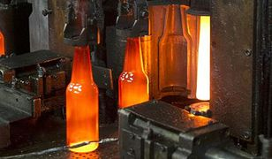 140 mln zł ukryte w butelkach