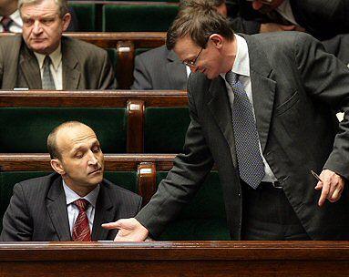Sejm zlikwidował Wojskowe Służby Informacyjne