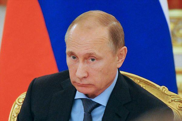 Putin: ci, którzy próbują naciskać na Rosję, mają za krótkie ręce