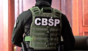 CBŚP Warszawa i Toruń - śledczy rozbili diwe grupy przestępcze prowadzące agencje towarzyskie.