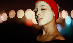 Domowa maseczka oczyszczająca na twarz to gwarancja naturalnych składników