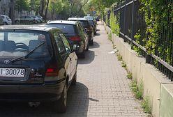 Szersze chodniki na ul. Odyńca. Parkowanie przeniesione na jezdnię