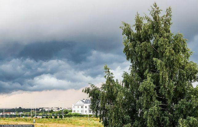 Pogoda. Niedziela bez upału, ale gwałtowne burze nie ustąpią