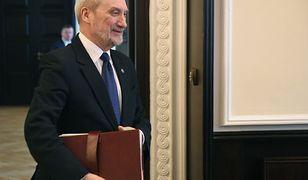 Antoni Macierewicz powoła komisję, która wznowi badanie katastrofy smoleńskiej. W czwartek poznamy pełny skład, wiadomo już, kto będzie przewodniczącym
