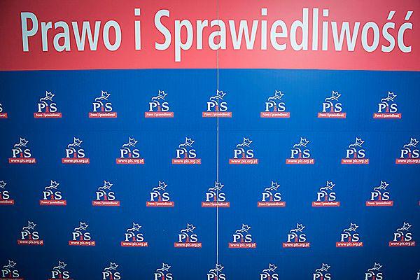 Sondaż TNS Polska: 30 proc. Polaków chce głosować na PiS