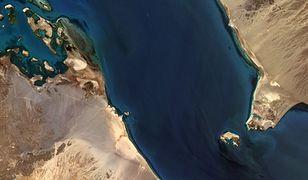 Jemen. Na wyspie Perim powstaje tajemnicze lotnisko
