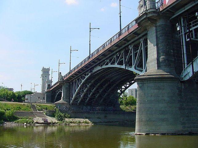 Wyczyść most Poniatowskiego w czynie społecznym!