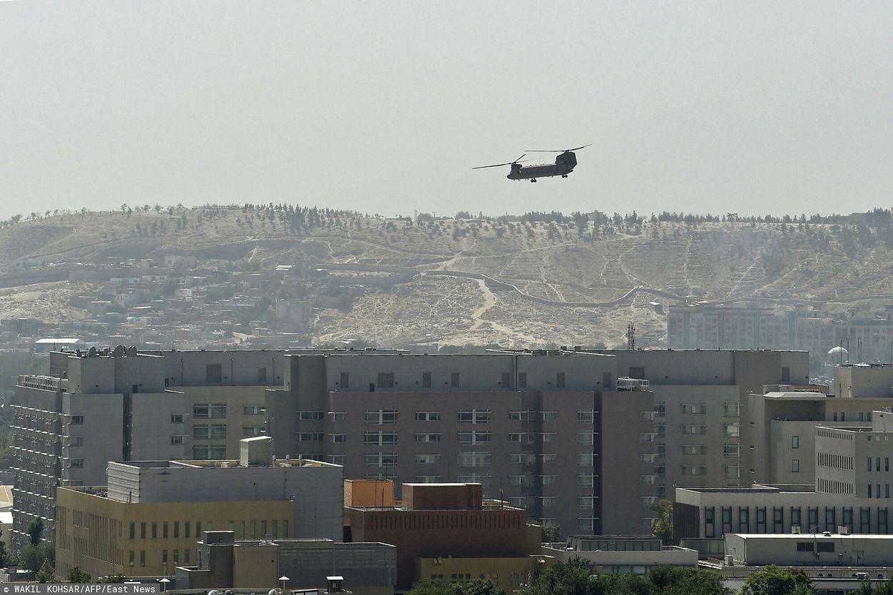 Amerykanie opuszczają Kabul (Photo by Wakil KOHSAR / AFP)