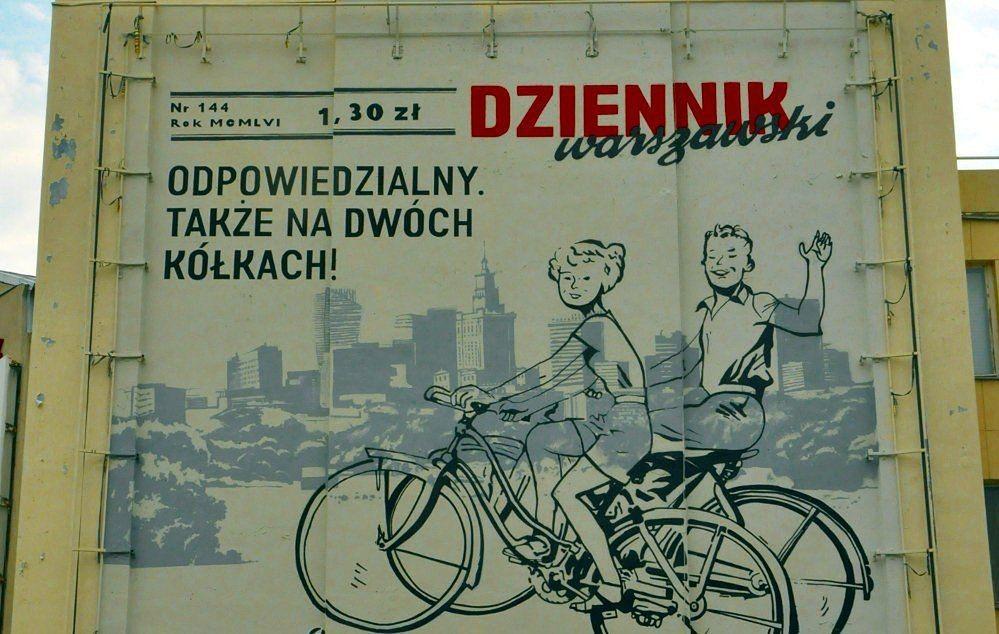 """W Warszawie pojawił się nowy mural! """"Nigdy nie jeżdżę po alkoholu"""""""