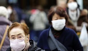 Mieszkańcy Tokio (Japonia) zaczęli nosić maski ochronne