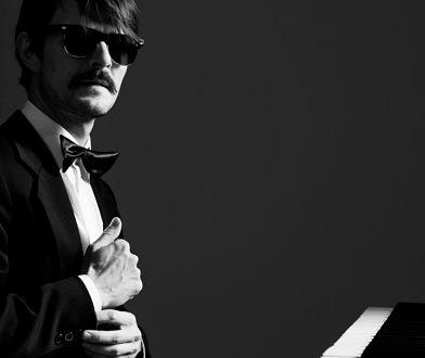 "Dawid Ogrodnik jako Mietek Kosz w filmie ""Ikar. Legenda Mietka Kosza""."