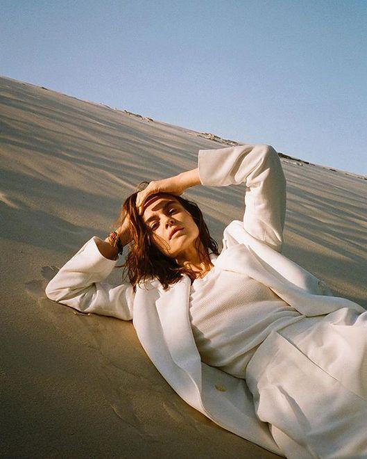 Kasia Smutniak na okładce lipcowego Vogue'a. Świeżo i z klasą