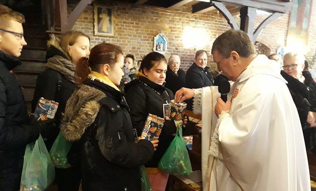 Ks. Kazimierz Klaban wspiera WOŚP i Jurka Owsiaka