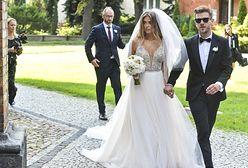 Joanna Opozda i Antoni Królikowski wzięli ślub. Suknia panny młodej zachwyca