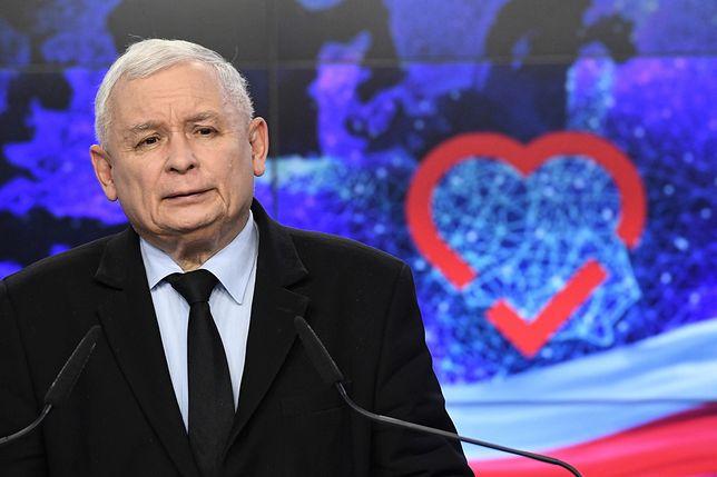 Jarosław Kaczyński wie, że musi zmobilizować swoich podwładnych i swoich wyborców przed jesiennym głosowaniem.