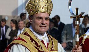 Każdy ma prawo do żebrania - biskup najbogatszego miasta Włoch nie ma wątpliwości