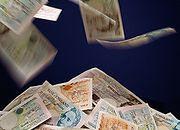 Złoty słabnie - rosną raty kredytów zaciągniętych w walutach obcych
