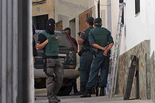 Hiszpańska policja odbiła 10 niemowląt, które miały być sprzedane nielegalnym imigrantom