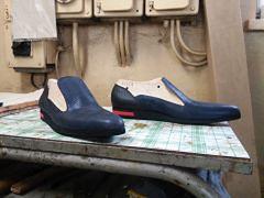 Buty z warszawskiej Pragi podbijają świat. Niezwykły projekt studentki ASP