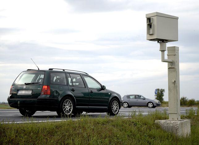 Oszuści mają nową metodą. Wysyłają podrobione mandaty z niemieckich fotoradarów