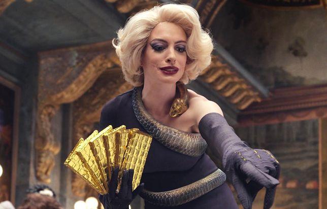 Anne Hathaway w roli szefowej upiornego sabatu