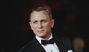 LONDON, ENGLAND - OCTOBER 23:  (EDITORS NOTE: This image has been altered digitally) Daniel Craig attends the Royal World Premiere of 'Skyfall' at the Royal Albert Hall on October 23, 2012 in London, England  (Photo by Gareth Cattermole/Getty Images)