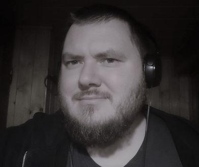 Znajomi żegnają zmarłego nauczyciela. Kamil Pietrzyk był zakażony koronawirusem