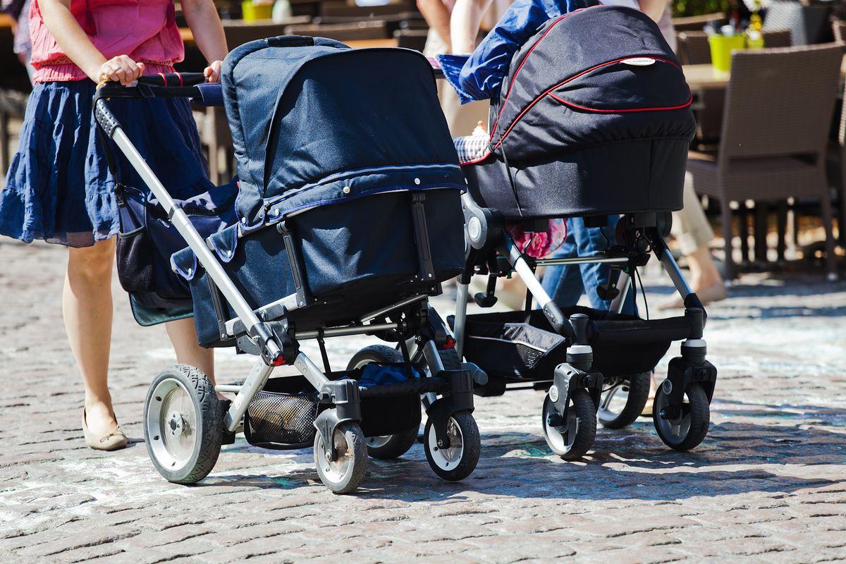 Pcim i Kraków. Niektóre miasta nagradzają rodziców