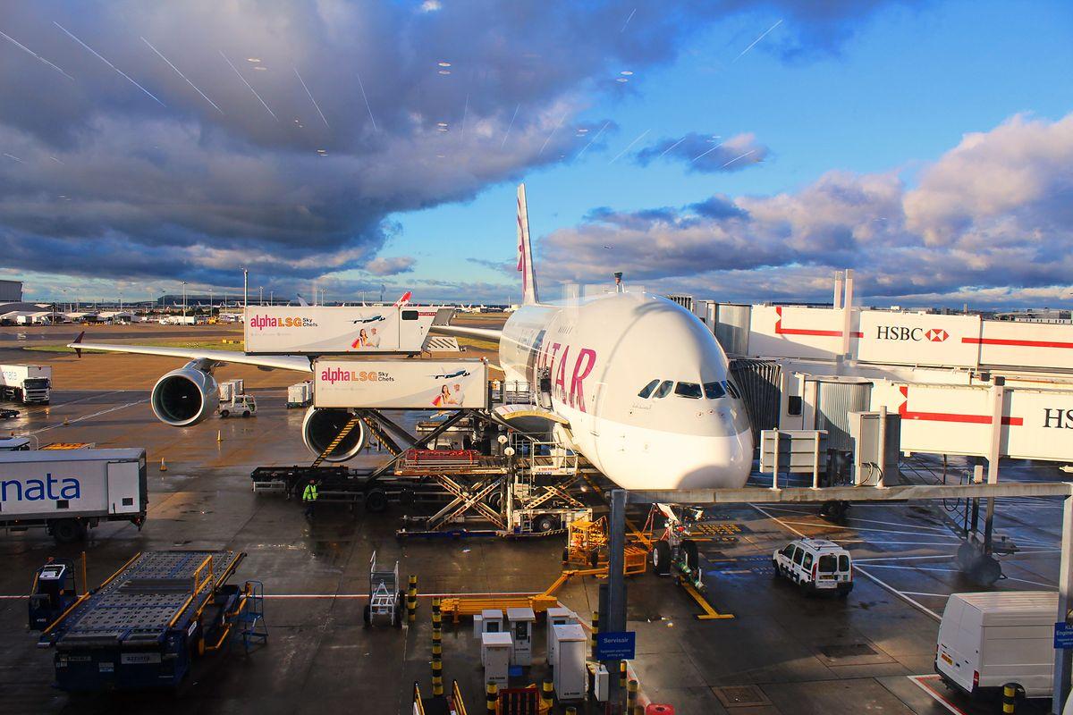 Linie lotnicze oferują pracę Polakom. Nawet bogaci szejkowie z Kataru
